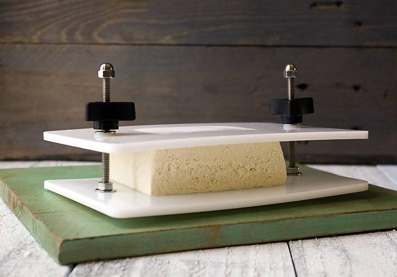 plate style tofu press